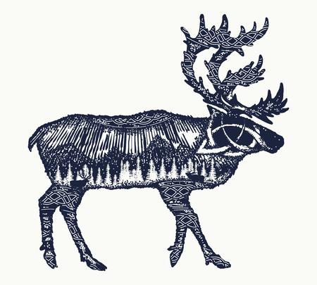 Reindeer tattoo art. Symbool toerisme, reis, het verre noorden. Bergen, poollicht, keltisch patroon. Rendier dubbele belichting dieren t-shirtontwerp Stock Illustratie