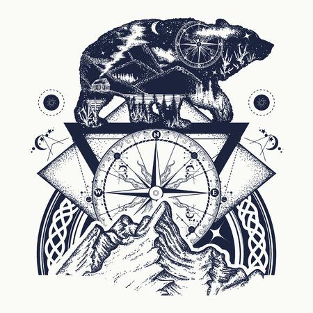 クマは二重露出、山、コンパス、入れ墨の芸術。観光シンボル、冒険、大きな屋外。山、コンパス。グリズリー熊シルエット t シャツ デザイン