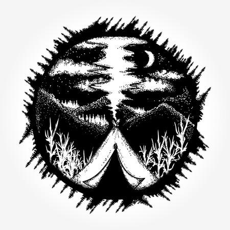 Viajes símbolo, turismo, deportes extremos, al aire libre. Camping en el diseño de la camiseta de la noche de la luna de las montañas. Tienda de campaña en el tatuaje de las montañas Foto de archivo - 84742395