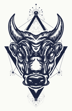 황소 문신과 티셔츠 디자인. 고 대 로마와 고 대 그리스 개념 전쟁 t- 셔츠 디자인. 미노타 우르, 용기, 싸움, 영웅, 군대의 상징. 황소 문신 예술