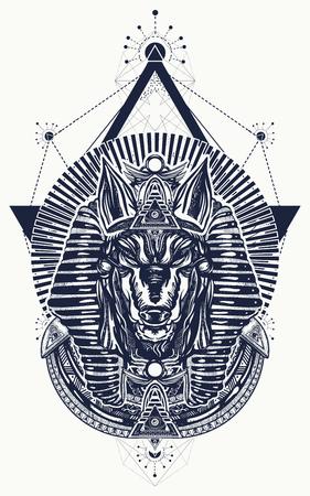 Anubis heilige geometrie tatoeage en t-shirt ontwerp. Anubis, god van de oorlog, gouden masker van de farao, symbool van de volgende wereld, koninkrijk van dode tattoo-kunst