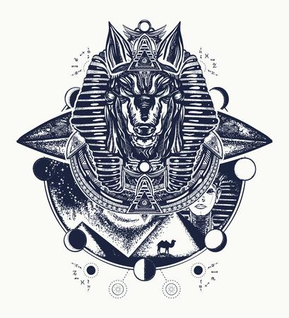 アヌビスのタトゥーとTシャツのデザイン。アヌビス、戦争の神、ファラオの黄金のマスク、エジプトのタトゥーアート。パレオコンタクトコンセプ