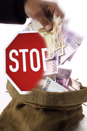 German saying Griff ins Steuersäckl, federal tax spending