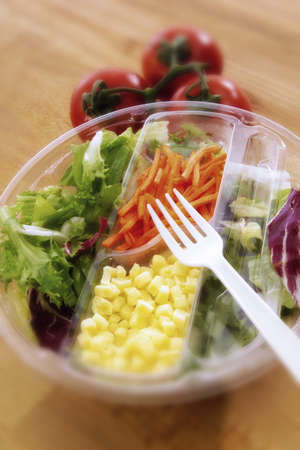 foodstill: Lunch to go, quick salad LANG_EVOIMAGES