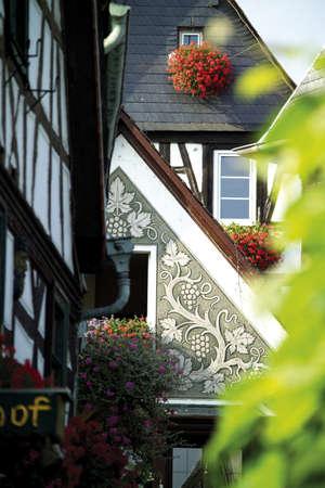 traditon: Germany,Rüdesheim,historical facades LANG_EVOIMAGES