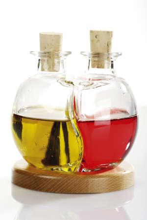 올리브 오일과 레드 와인 식초