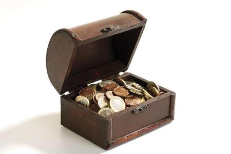 gratified: Open cash, full of coins