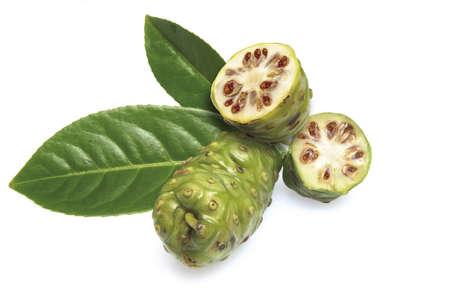 Noni fruits (Morinda Citrifolia) Stock Photo - 23707885