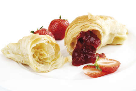 interiour: Croissant filled with strawberry jam LANG_EVOIMAGES