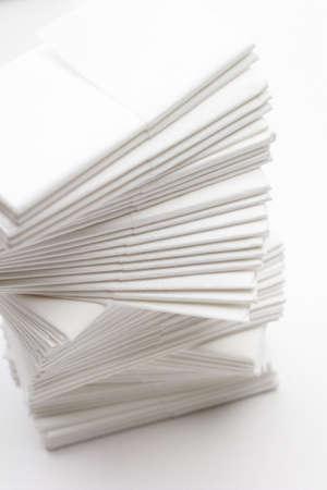 handkerchiefs: Paper handkerchiefs, tissues LANG_EVOIMAGES