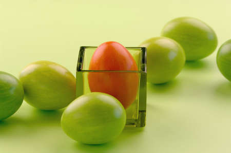 untroubled: Green and red Easter eggs with glass