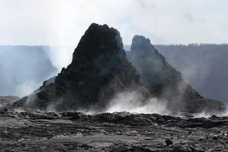 soli: hawaii - hornitos in puu oo crater LANG_EVOIMAGES