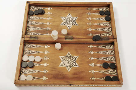 backgammon: Backgammon board, close-up LANG_EVOIMAGES