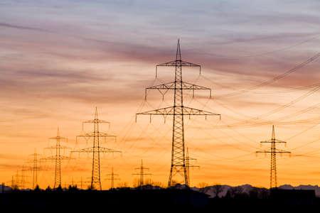 torres el�ctricas: Alemania Baviera Pilones al atardecer LANG_EVOIMAGES