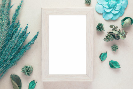 Blank wooden photo frame and dried flowers valentines day with vintage filter color Reklamní fotografie - 62760893