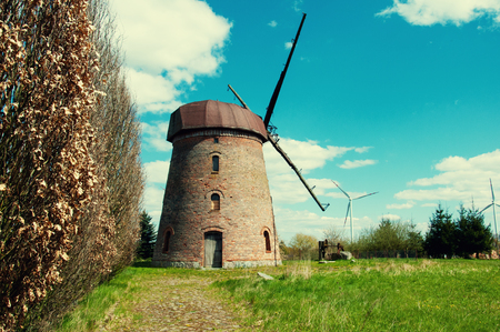 Old windmill on country Standard-Bild