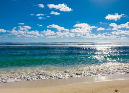 water's: Waters Splashing Tide
