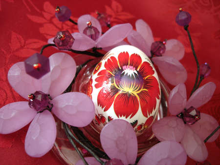 beautiful easter egg and flower on red Stock Photo - 851222