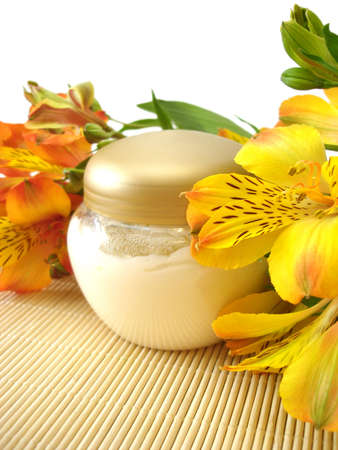 moisturizing: cosmetic moisturizing cream with flowers