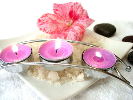 stone wash: Spa essential (candles, salt, towel, flower and stones)