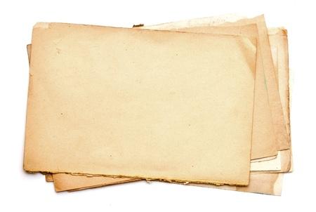 worn paper: hojas de papel viejo aislado en blanco