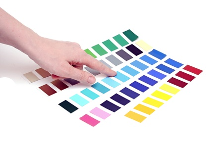 Choosing color from color scale photo