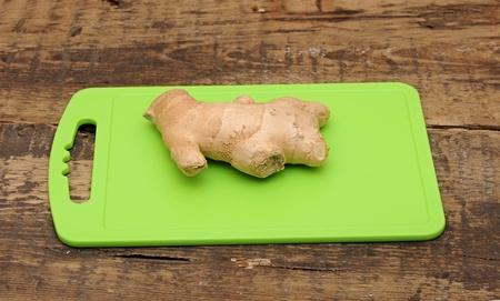 fresh ginger: fresh ginger root Stock Photo