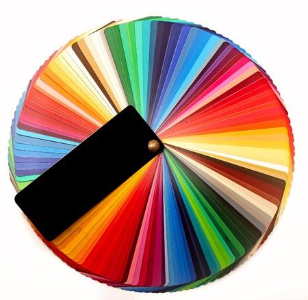 Kleurenpalet gids voor de grafische industrie op wit wordt geïsoleerd