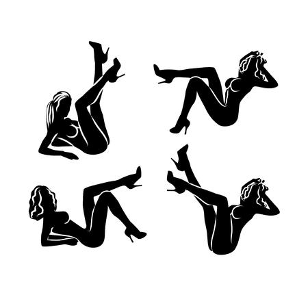 4 つの黒と白のセット。性的なポーズで座っている裸の女性シルエット