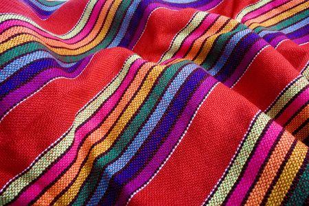 Gros plan sur le tissu traditionnel mexicain color�