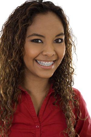 Stock image de femme sourire avec accolades, sur fond blanc