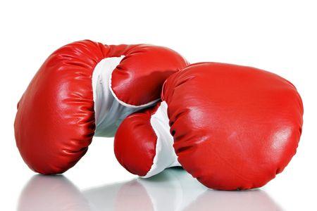 Stock image des gants de boxe rouges sur fond blanc