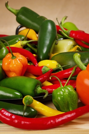 Stock image of chilli pepper still life very colorful an varied Zdjęcie Seryjne - 14793096