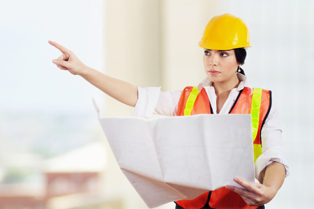 Stock image of female architect or engineer on construction site Zdjęcie Seryjne