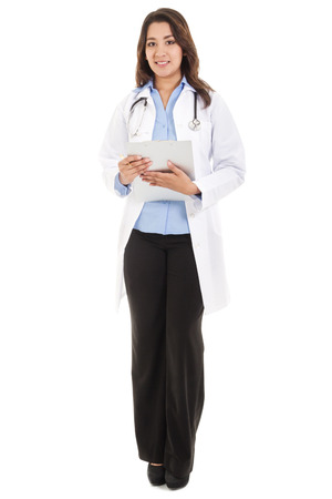 bata blanca: Imagen de mujer médico, bata de laboratorio que llevaba, aislado en blanco