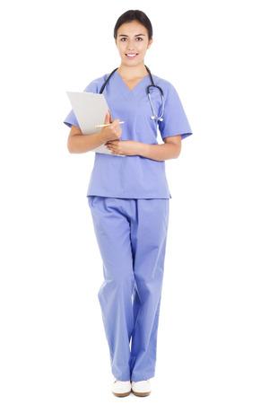 Stock beeld van een vrouwelijke gezondheidszorg werknemer op een witte achtergrond, full frame Stockfoto