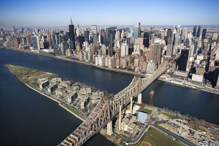 queensboro bridge: Aerial view of Queensboro Bridge in New York City with Rooseveldt Island and  Manhattan cityscape.