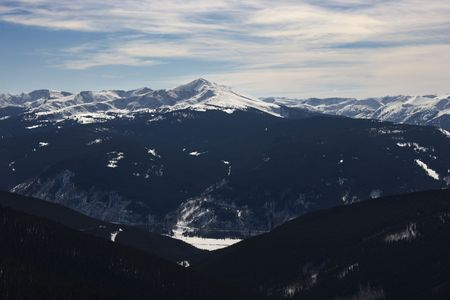 mountin: Snow covered mountain peaks with valley in Colorado.