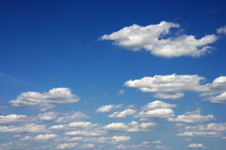 meteorological: Peaceful clouds in blue sky.