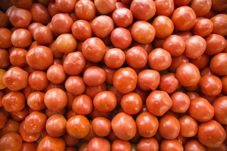 Pile of red tomatoes at produce market. Stock Photo - 2095860