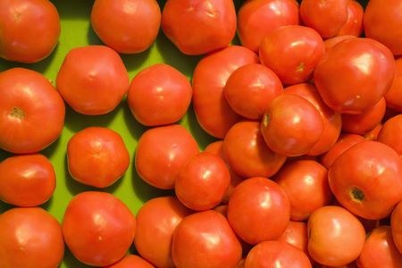 Pile of red tomatoes at produce market. Stock Photo - 2113915