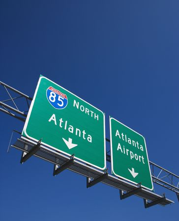 atlanta: Highway sign for I-85 North to Atlanta, Georgia and the Atlanta Airport.