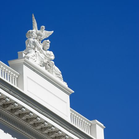 statuary: Statuary on the Sacramento Capitol building, California, USA.