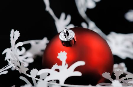 deep focus: Christmas decoration with white garland. Shallow deep focus