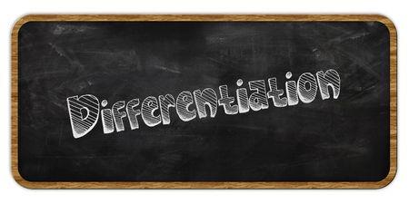 DIFFERENTIATIE geschreven in krijt op blackboard. Houten frame. Illustratie