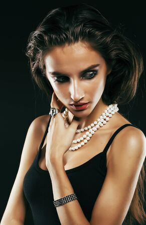 beauty young sencual  woman with jewellery close up posing 版權商用圖片 - 130144360