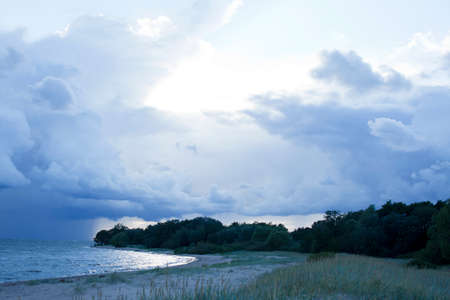 blue sky cloudy landscape, thunder on sea background Banque d'images