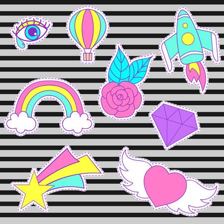幸せなファッション パッチ、ハート、星、ダイヤモンド、目、虹、宇宙ロケット、バラとレトロな甘いバッジ バルーンを空気します。かわいいピン