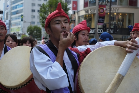 customs and celebrations: The temple fair shinjuku