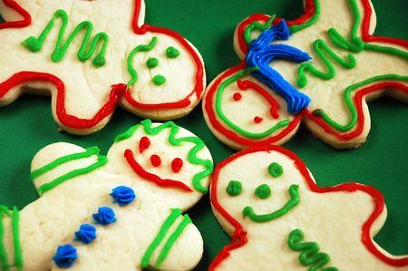 gingerbread: Gingerbread men on green background